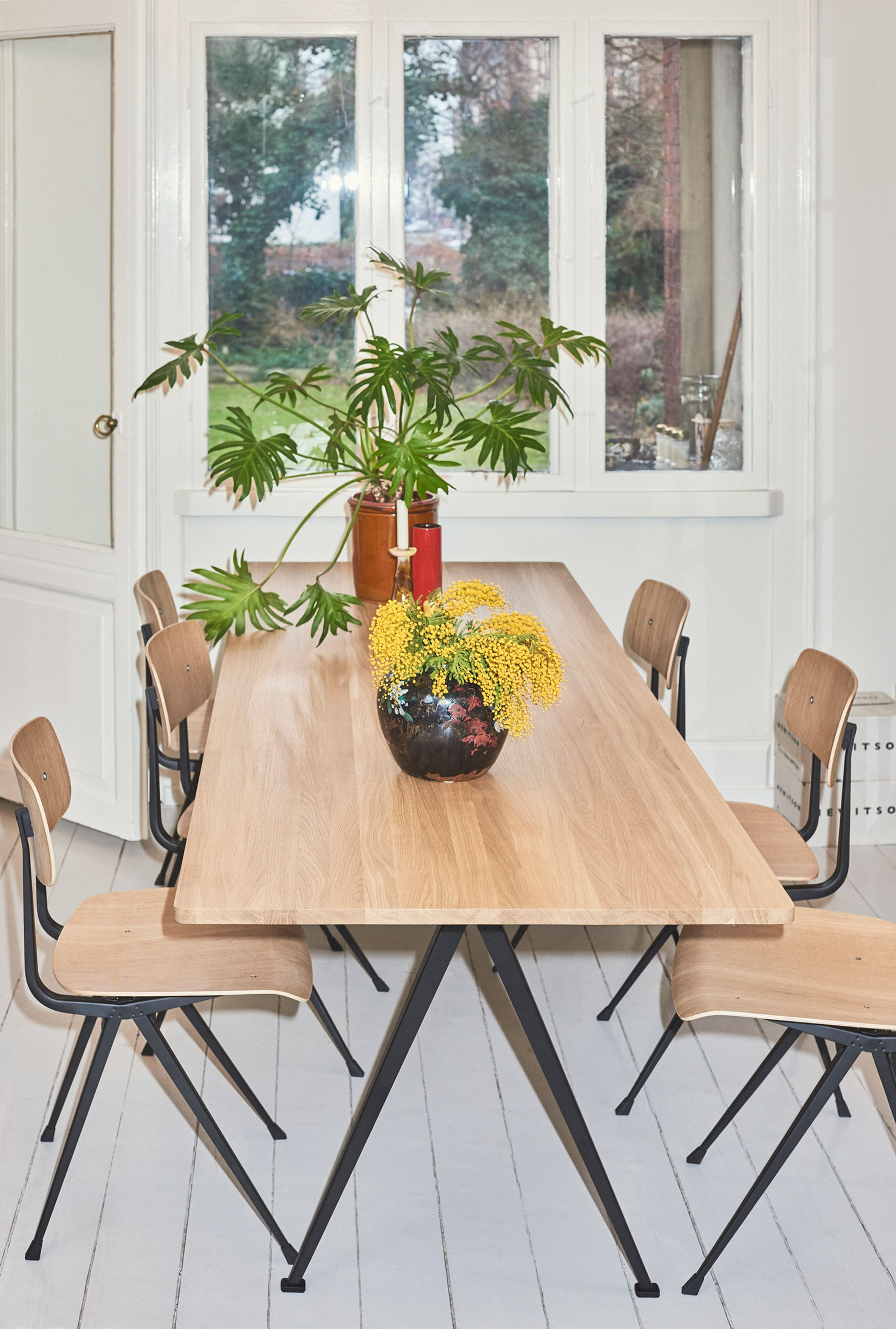 hay reissues mid century chair and table designed by gerrit rh pinterest com