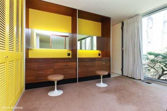On the market: 1950s midcentury modern property in Michigan City ...