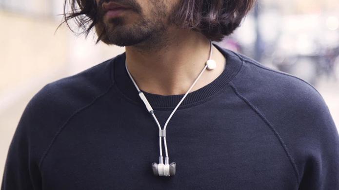 Fone de ouvido tem diversas opções de controle nos cordões (Foto: Divulgação/Pugz)