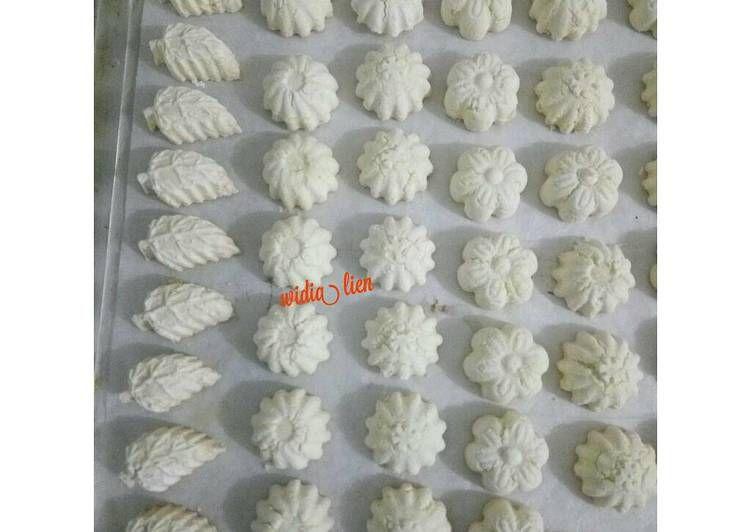 Resep Kue Bangkit Santan Oleh Widia Ningsih Liem Recipe Recipe Steps Sponge Cake Pastry
