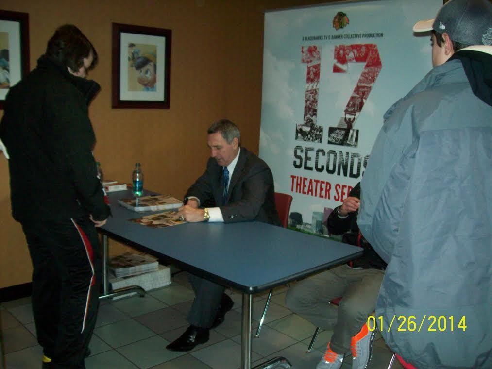 Denis Savard at the Elk Grove Theatre