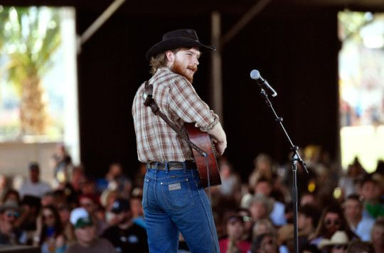 colter wall performs at 2018 stagecoach california s on colter wall id=44885