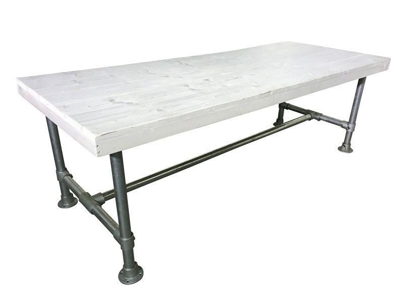 Steigerbuis Tafel Onderstel : Tafel gemaakt met een blad van steigerhout en een onderstel van