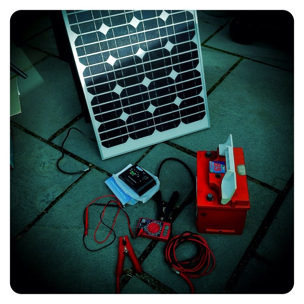 12v Power 50w Solar Panel Running Through A Charge Controller Into Simple Aa Battery Charger Circuit Leisure