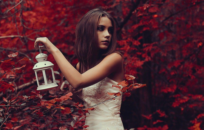девушки модели в лесной