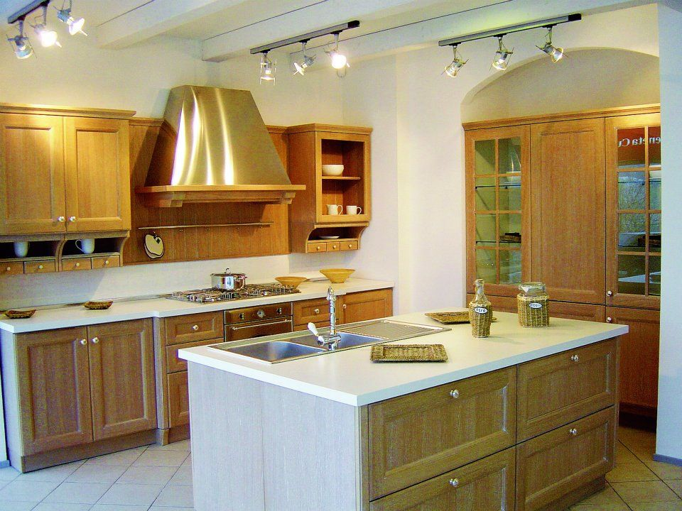 Elegant kitchen design ideas with lite brown