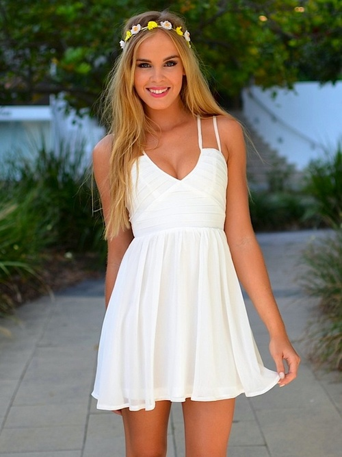 b9cc525909 WHITE DRESS on The Hunt . http   truelightcollection.com
