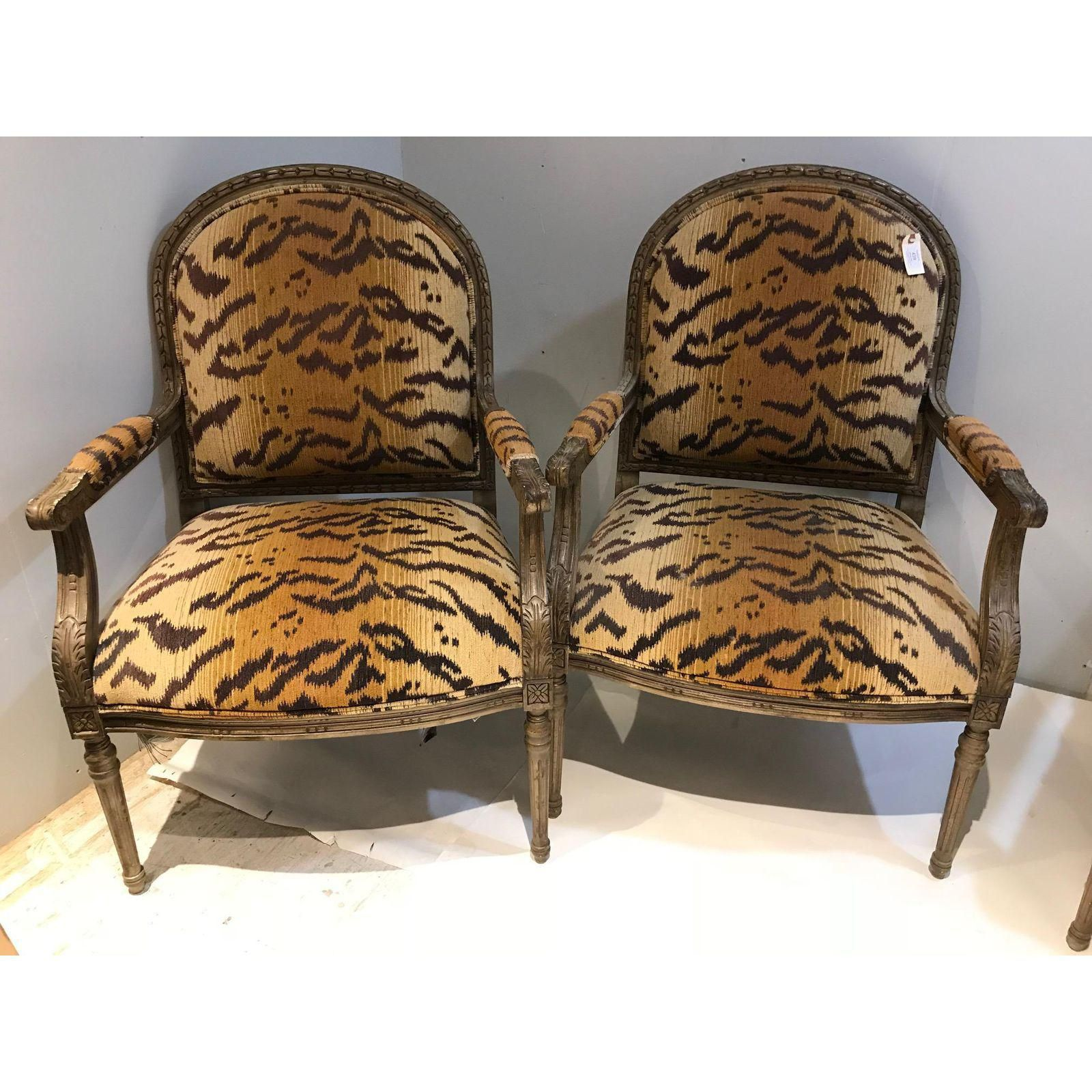 Vintage Henredon Tiger Print Chairs Set Of 4 Chic Living Room Chair Printed Chair #printed #living #room #chairs