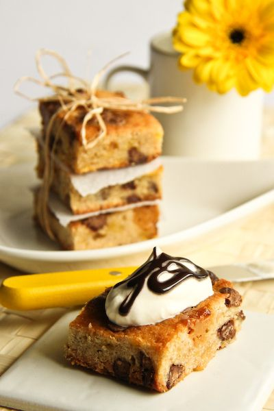 Banoffee Blondies by raspberri cupcakes, via Flickr