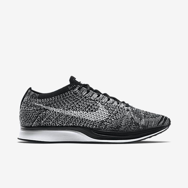 Nike Flyknit Racer Mens Running Shoes 7.5 Black White 526628 012 Oreo  Nike… 129156e32