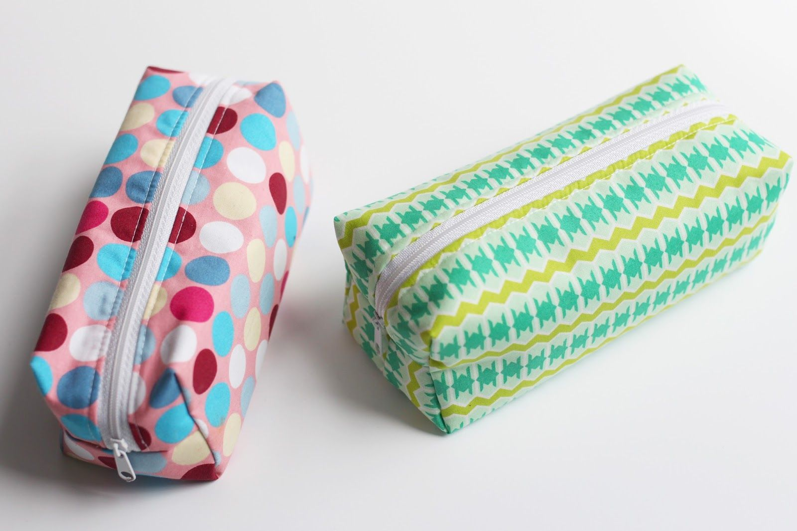 DIY - Tutorial Täschchen nähen | clutch cosmetic bag tutorial ...
