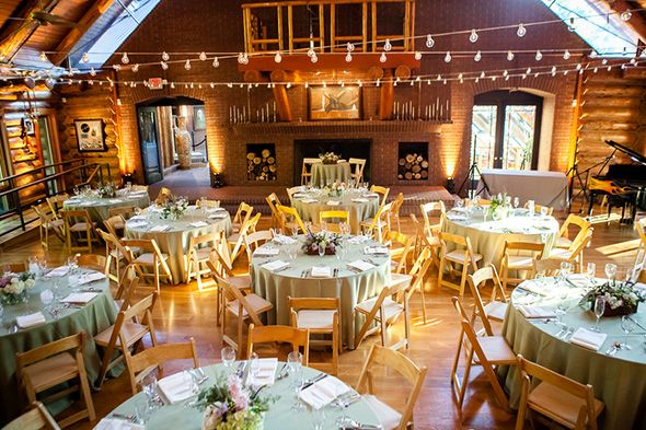Lodge Wedding Nashville A Rustic Destination Wedding In Nashville Tn Lodge Wedding Reception Indoor Wedding Receptions Nashville Wedding Venues