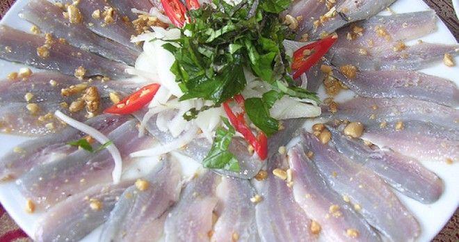 Da Nang Seafood Trail - Hoi An Food Tour -Nam O raw fish salad - Vietnamese challenge food. Please like, share, or repin. Thanks!