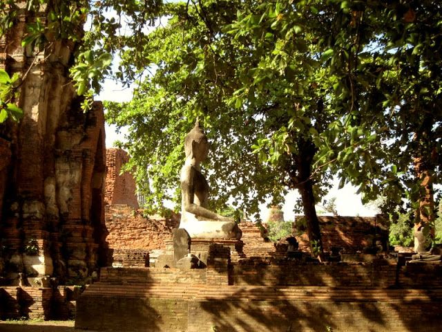 The gallery or Rabieng Khot. Globetrotter: #Ayutthaya Kingdom, #Thailand - UNESCO.  For more pics : https://www.facebook.com/lilyrianitravelholic