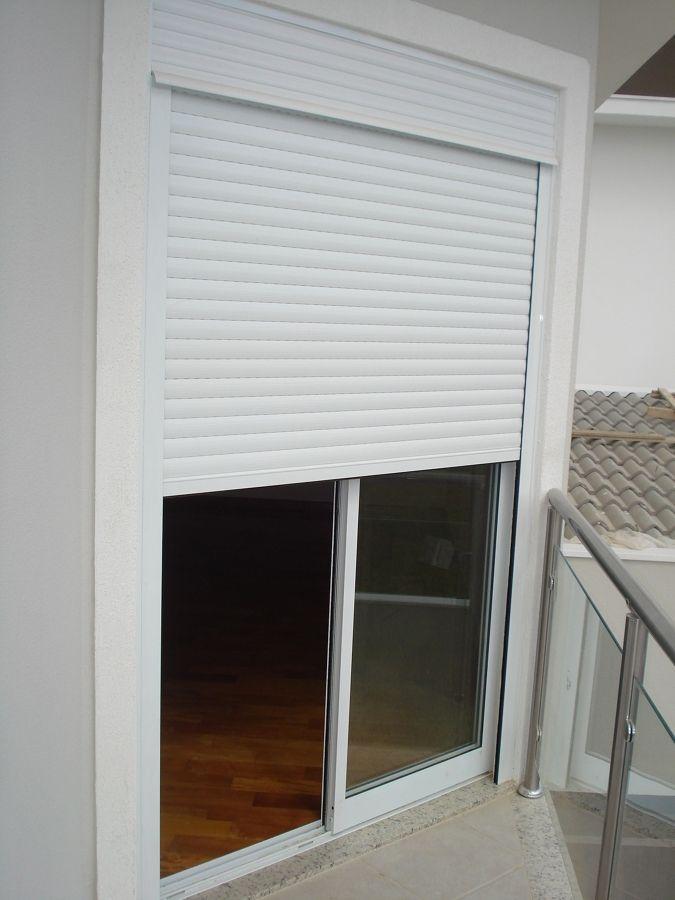 Esquadria de aluminio porta integrada com persiana casa for Persiana de aluminio