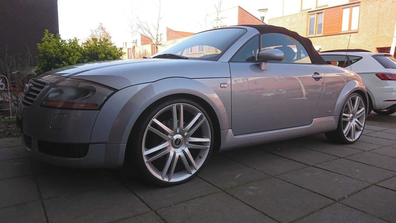 "Quattro 225 with 20"" wheels Audi TT Audi, 20 wheels"