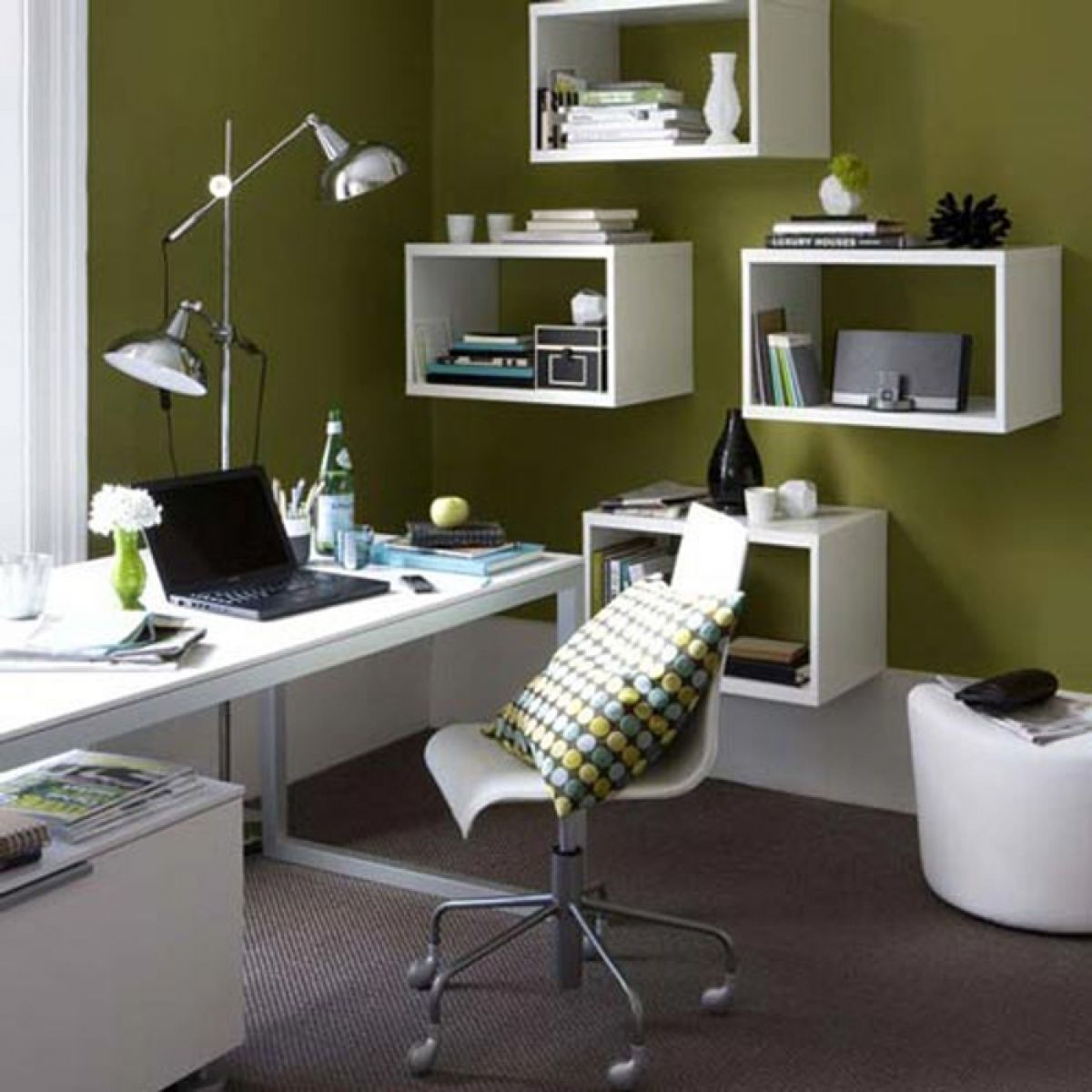 Small Home Office Ideas With Awesome Wall