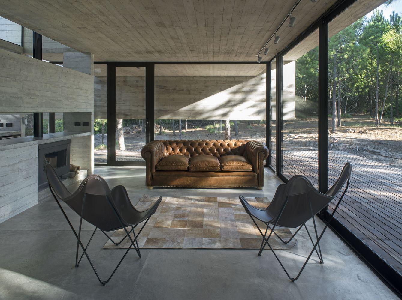 Gallery of SJ House Luciano Kruk