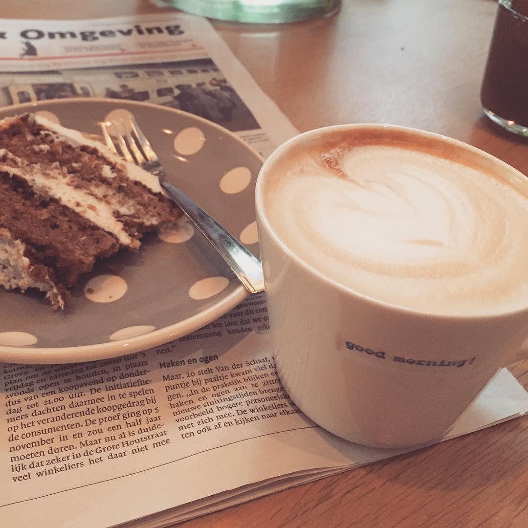 Good Morning! Heerlijk de dag beginnen met de lekkerste koffie van Haarlem bij #mogador koffiekop van #keithbrymerjones #atelier8 #shop #haarlem #gift #koffie #sint #kerst #kado