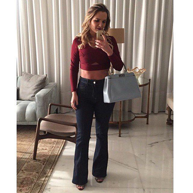 Última calça flare jeans escuro, tamanho M! @robertinhaacessorios ➡️Loja: avenida Jair Rodrigues do Vale, 202 loja 03 Bairro Inconfidentes - Contagem /MG. ➡️ WhatsApp (31)8353-0190 ou (31)7532-0076 ➡️www.facebook.com.br/Robertinhaacessorios
