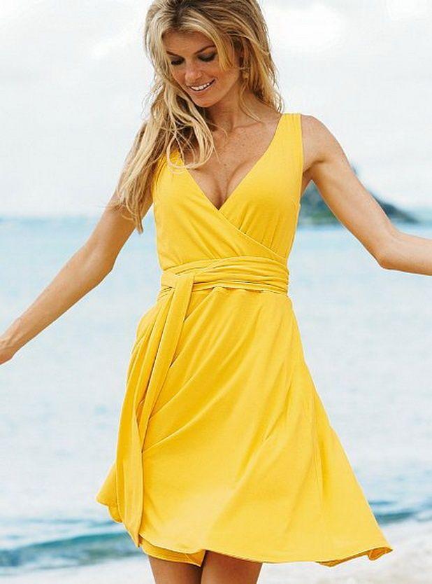 wear a simple sunshine yellow summer dress #DeclareSummer