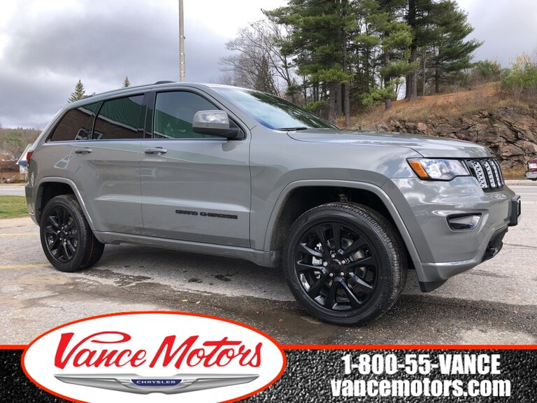 2020 Sting Grey Jeep Grand Cherokee Altitude 4x4 Stock 20032