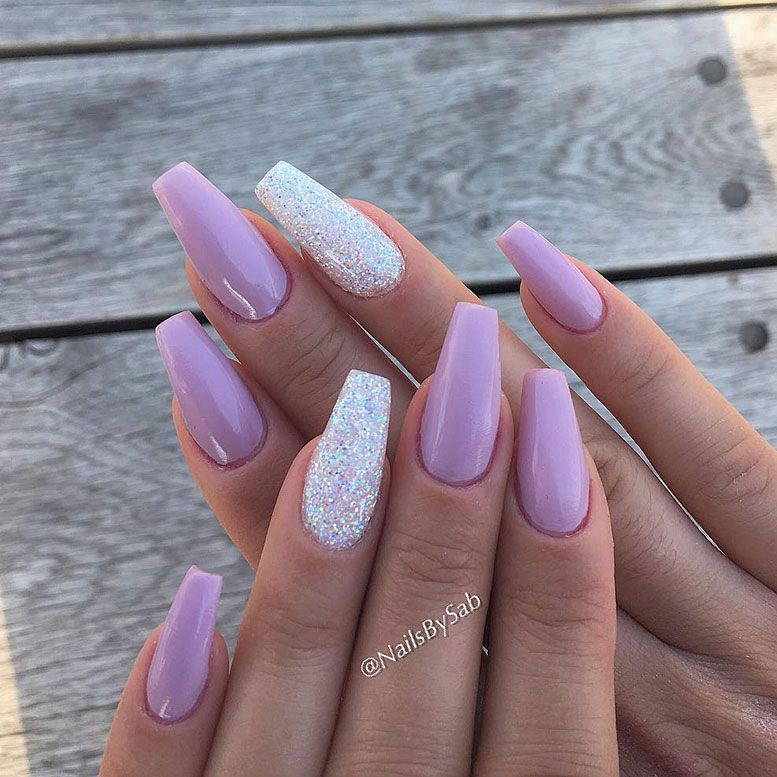 Mismatched lilac and glitter nail art