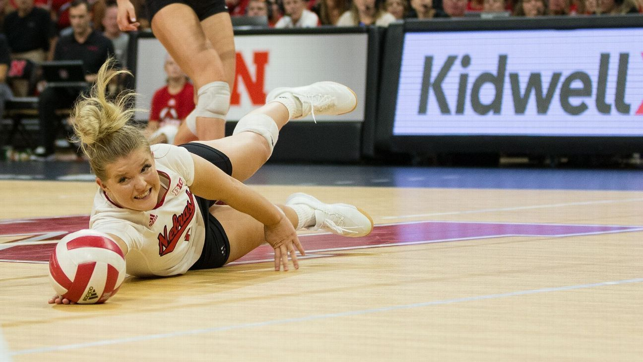 Stanford Makes Amends Takes Charge In Ncaa Volleyball Championship Rematch With Nebraska In 2020 Volleyball Pictures Stanford Volleyball Volleyball Workouts