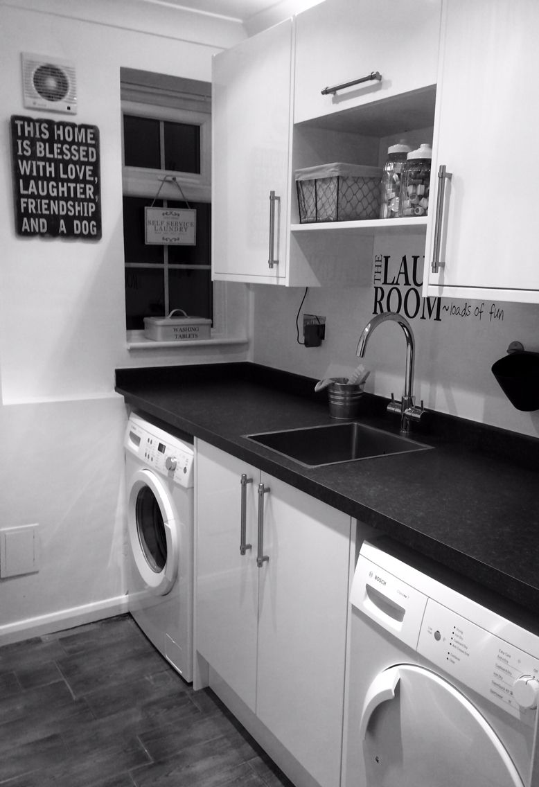 Finished Laundry Room High Gloss Units From Benchmarx