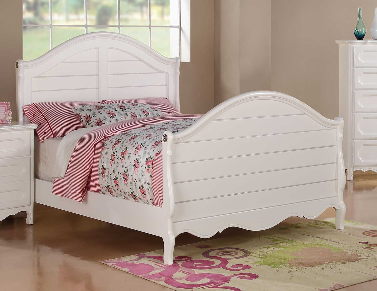 Take a look at this White Sleigh Bed & Trundle today