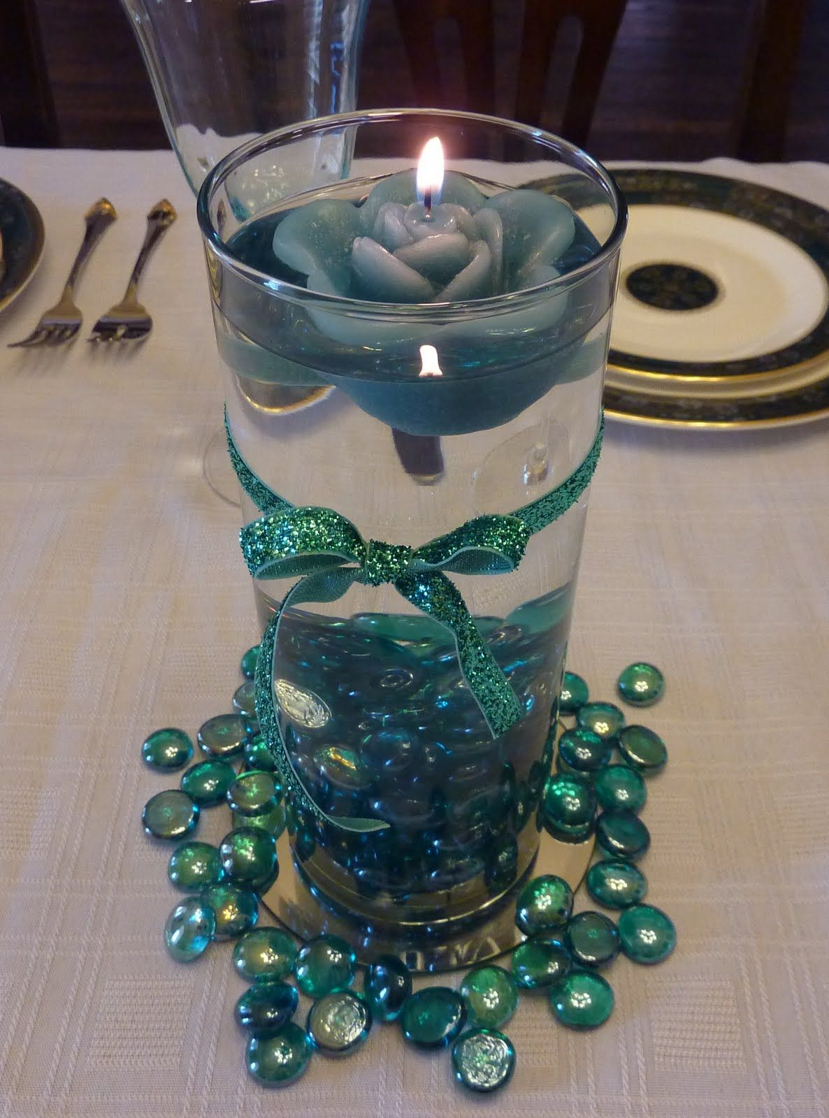 creative hospitality how to make a floating candle centerpiece rh pinterest ca