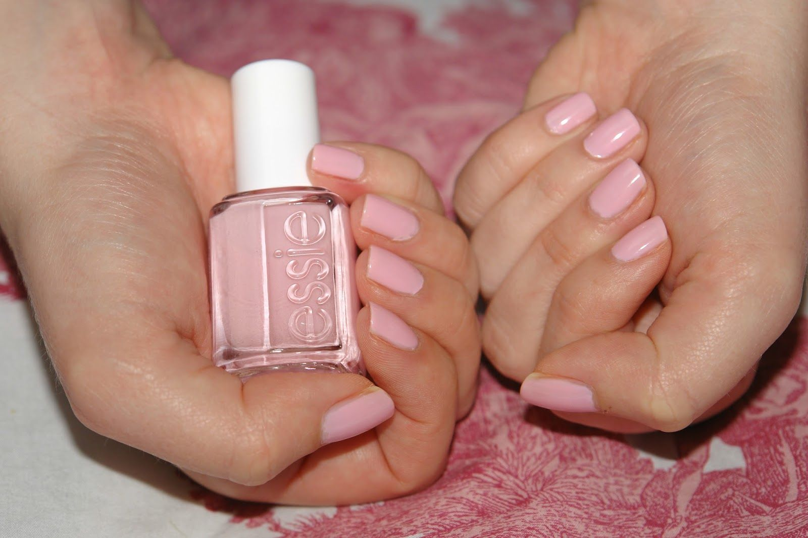 NAILS: Essie Guchi Muchi Puchi, Essie, nail polish, nails, NOTD ...