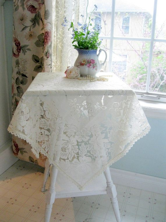 Small Tablecloth Netted Lace Made in England by mailordervintage