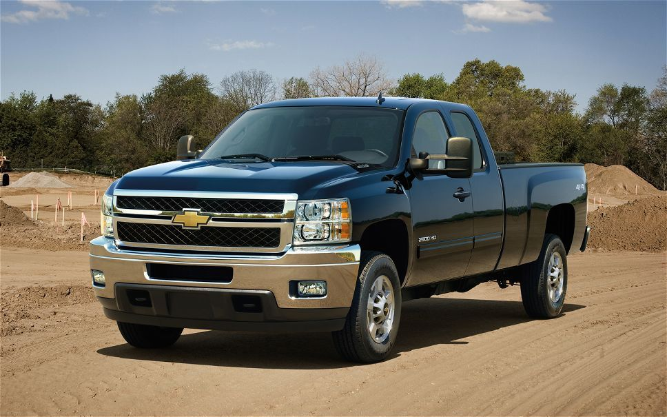 Chevy Silverado Leads Gm S Increase In March Sales Chevy Silverado Chevy Chevrolet