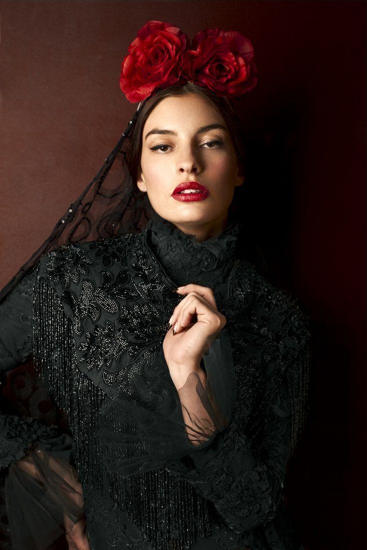 love roses are red Robe flamenco, Robe espagnole et Flamenco