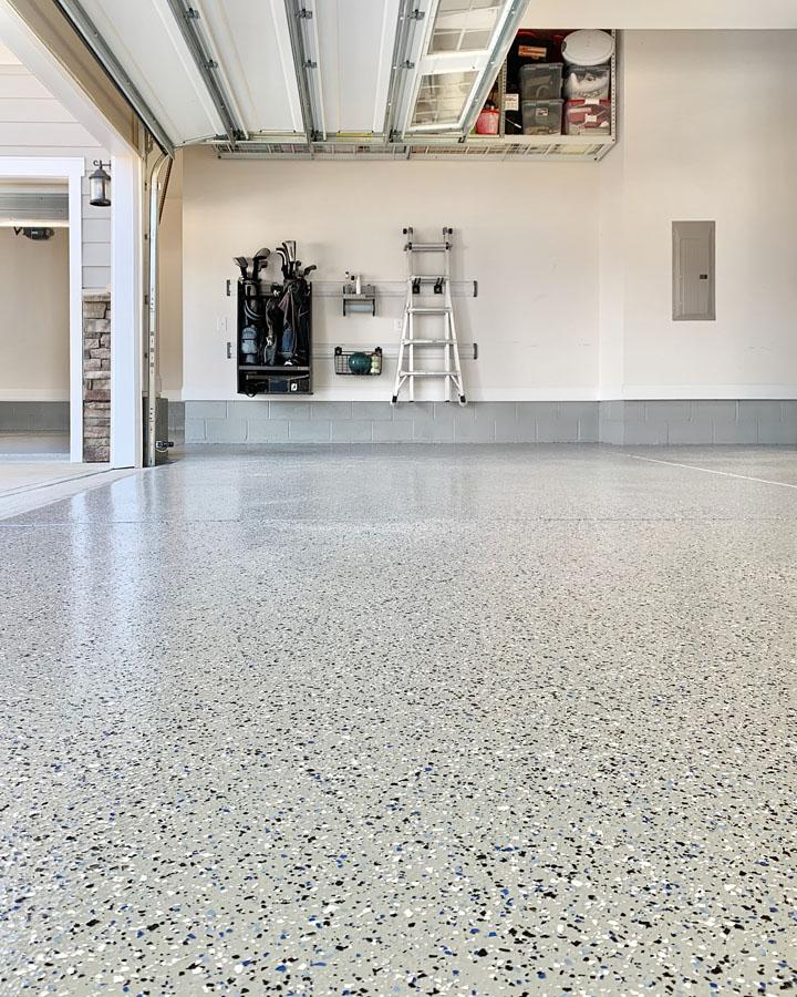 DIY Epoxy Garage Floors in 2020 Epoxy floor diy, Garage