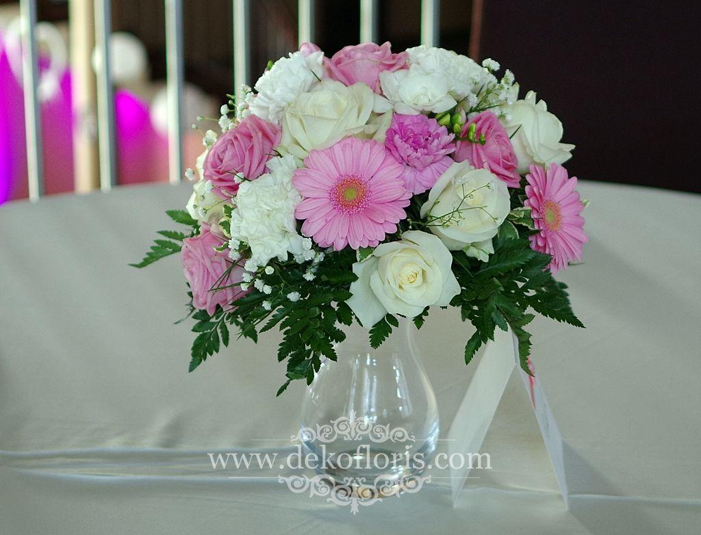 Rozowe Kwiaty Na Stoly Wesele Arkas Proszkow Table Decorations Decor Glass Vase