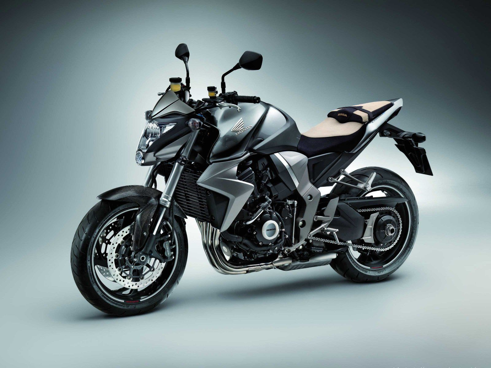 Naked - Honda Motos