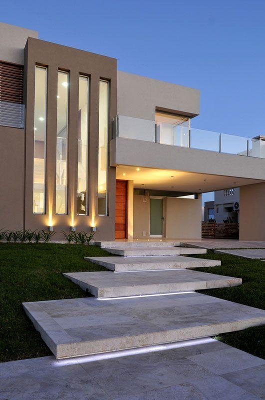 10 fachadas modernas para inspirarte a diseñar tu casa #casa