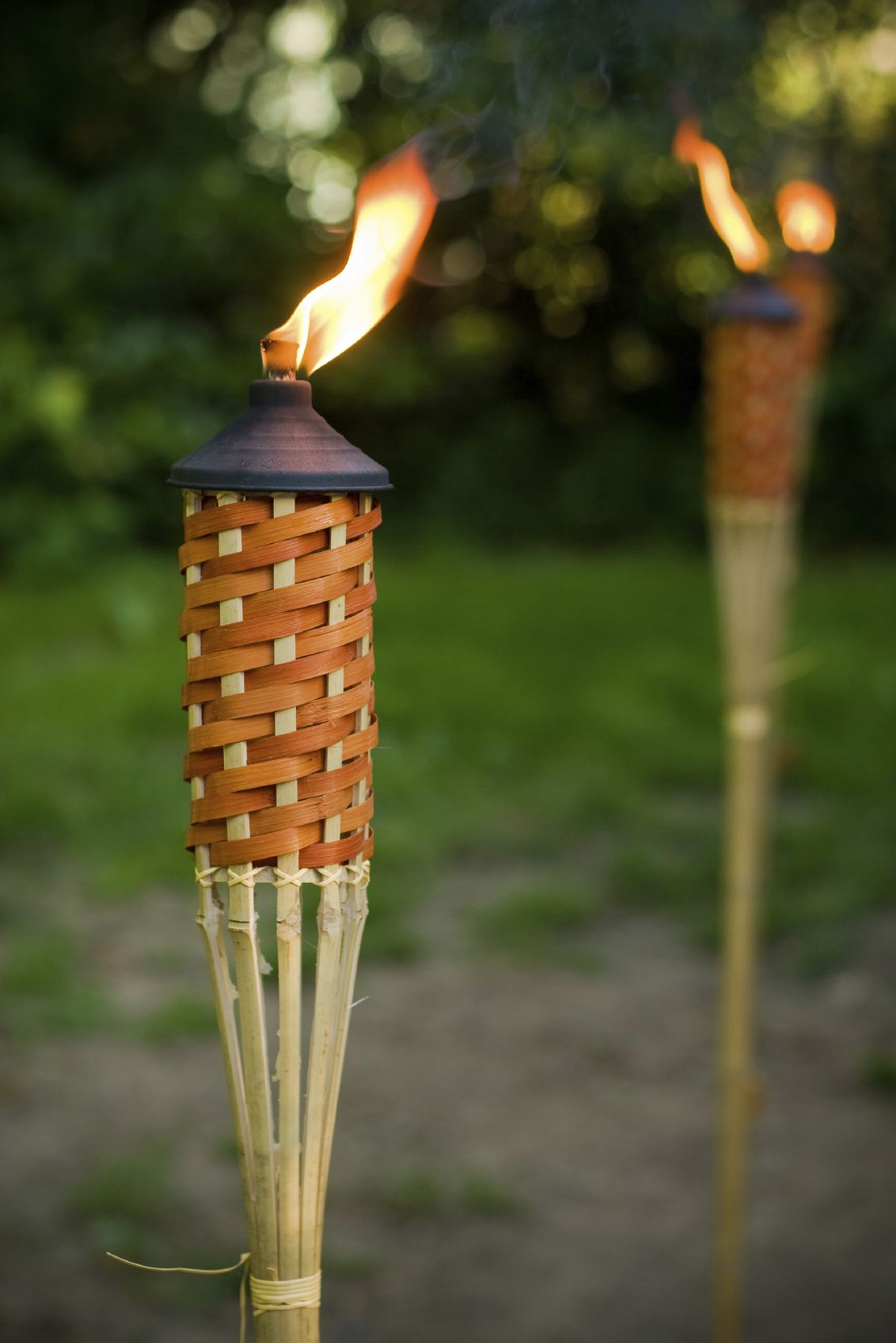 Bon 15 Backyard Tiki Torches