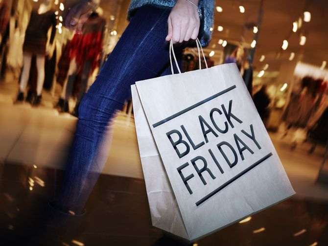 Jammer grass   10 pros and cons of doing your Black Friday shopping online