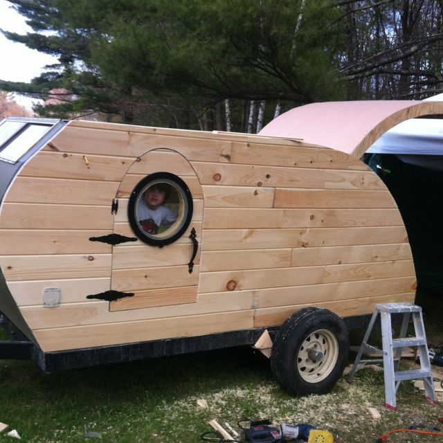 Camping Trailers: Little Hippy / Little Redneck