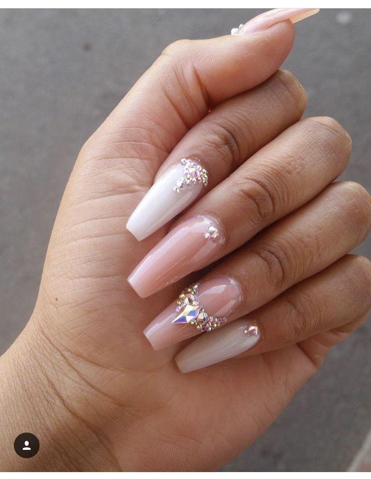 Pin by Lukács Andrea on Nails | Diamond nail designs, Nail