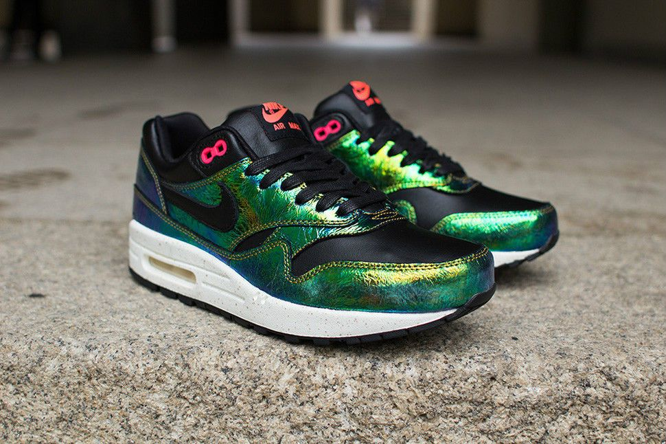 buy popular 9b6d4 9dfbe NIKE AIR MAX 1 SUP GOLD TROPHY PACK BRONZE BLACK GREEN 669639