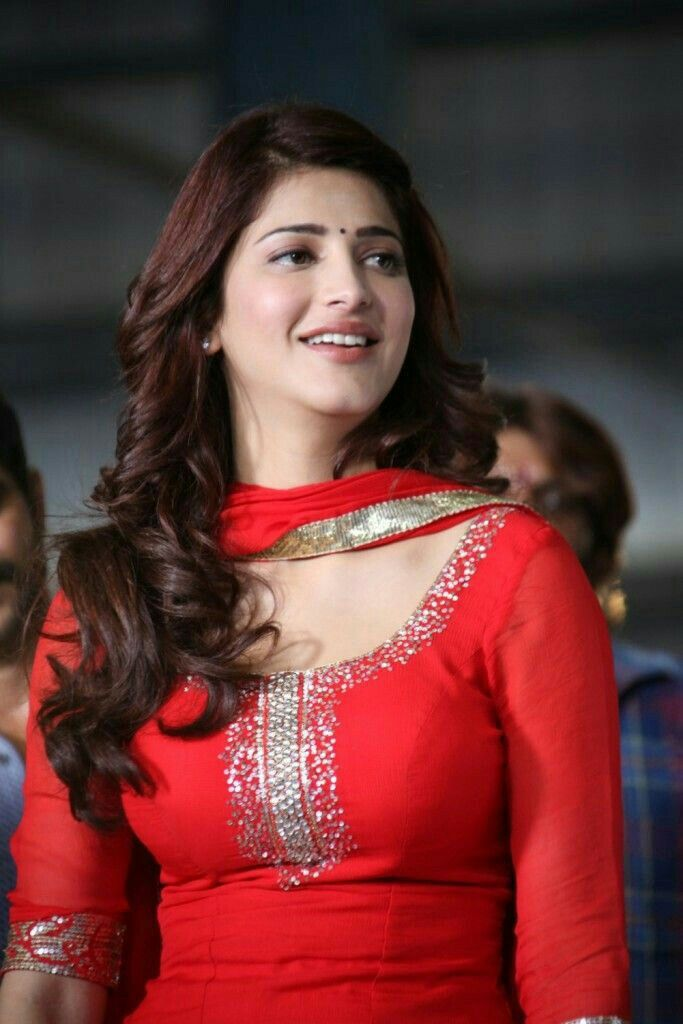 Shruthi Looking Beautiful In Red  Shruthi Hassan Dam Hot -8300
