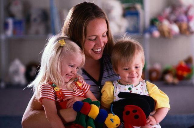 How to Get a Babysitting Job Babysitting jobs and Babysitting