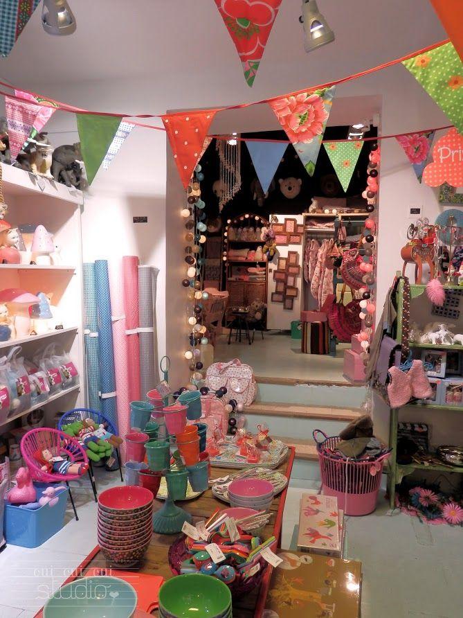 OUI OUI OUI studio  Aix-en-Provance. Le Petit Souk  l enfant décoration,  cadeau de naissance, papeterie, meubles, nouveautés. da5105afc7a2
