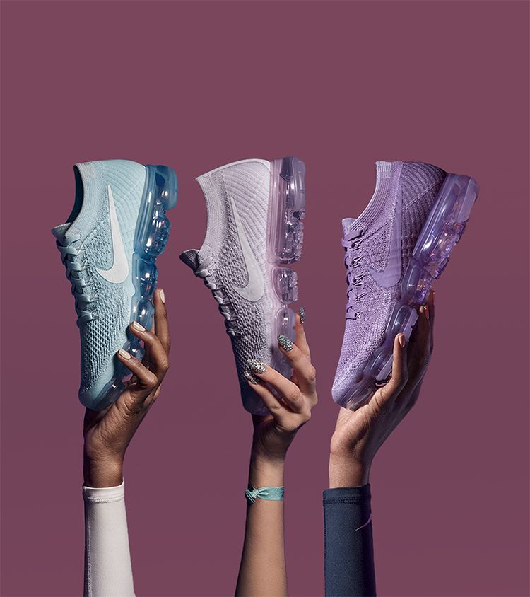 Take a look behind the design at the Women's Nike Air Vapormax Flyknit 'Day  to