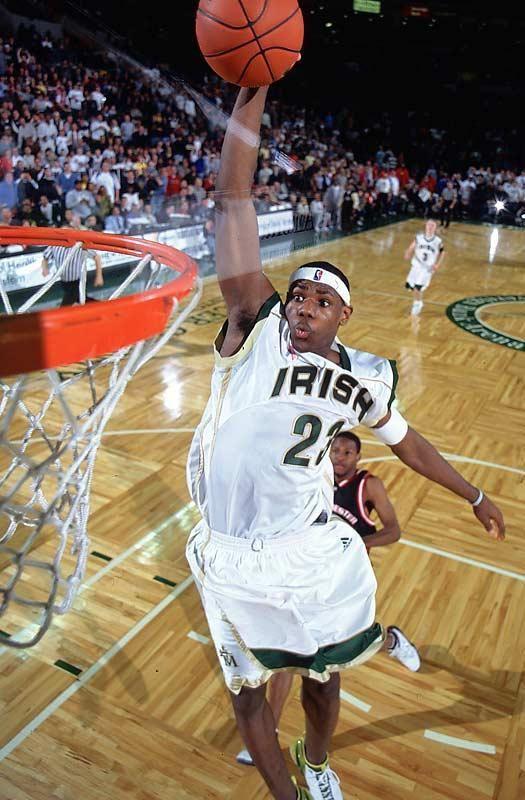 67920ea6255 Lebron James High School dunk
