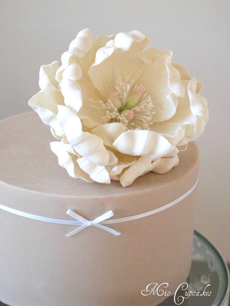 <p>Si quieres una alternativa a las tartas blancas, mira estas coloridas opciones.</p>